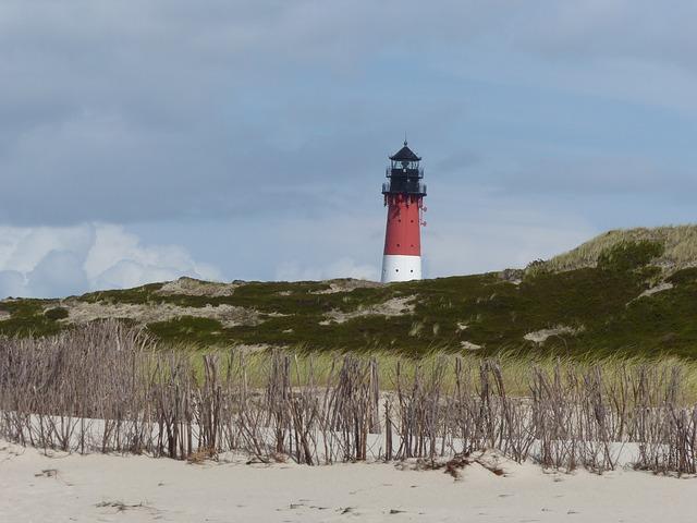 lighthouse-1012969_640