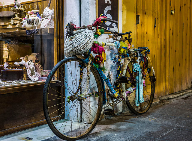 Valencia Bikes - Tomislav Gracan